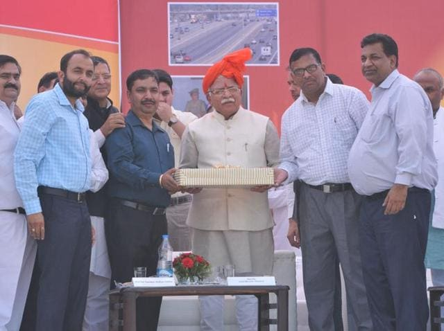 Chief minister Manohar Lal Khattar being felicitated at a function in Yamunanagar on Sunday.