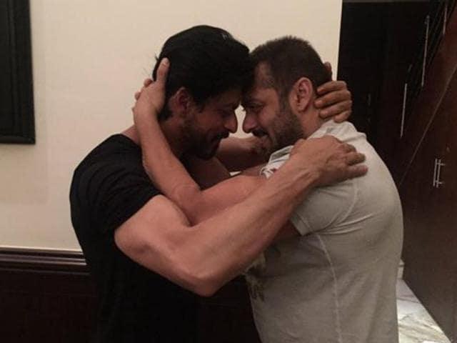 Salman Khan,Shah Rukh Khan,SRK birthday