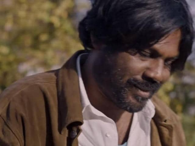 Anthonythasan plays Sivadhasan, a former Tamil LTTE member who assumes the name Dheepan and forms a family with two strangers so that they can flee Sri Lanka and gain asylum in France.