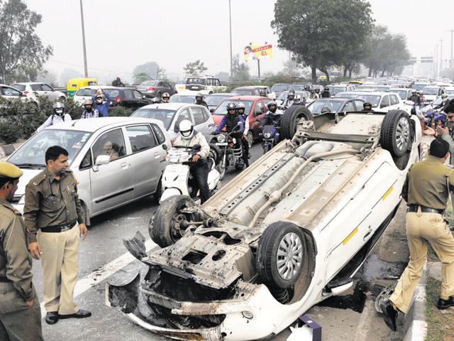 New Delhi,road accidents,Delhi Police