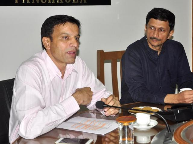 Deputy commissioner  Vivek Atray (right) and municipal commissioner Jagdeep Dhanda during a press meet at the  Mini-Secretariat, Sector 1 on Tuesday.