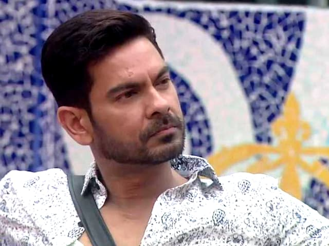 Reports suggest that he decided to quit the show because Bigg Boss informed him on Friday's episode that his brother has died.