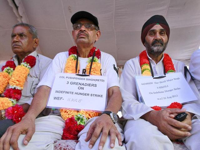 On 145th day of the protest at Jantar Mantar and across the country, the armed forces veterans also decided to escalate, upgrade and intensify their agitation.