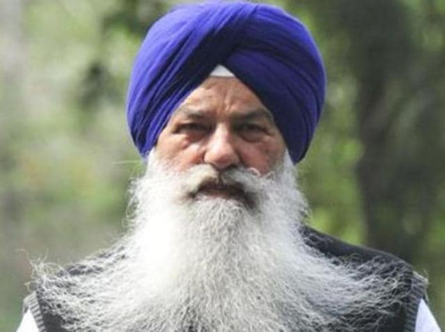 While passing the resolution under the leadership of transport minister Ajit Singh Kohar, the SAD has asked the public to teach a lesson to the anti-Panthic groups