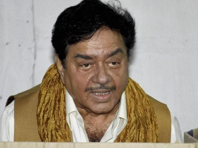 BJP MP Shatrughan Sinha cast vote during third phase of Bihar assembly elections, in Patna on Wednesday.