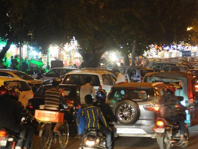 Diwali,Elante mall,traffic jams