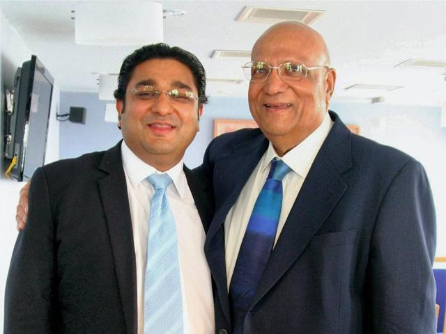 B-88, CHENNAI-041004, OCTOBER 04, 2007: Chennai: Founder and Chairman, Caparo Group, Lord Swraj Paul and his son and CEO, Caparo India Pvt Ltd, Angad Paul, after the press conference in Chennai on Thursday, ahead of the inauguration of the company's new manufacturing facilty at Sriperumbudur. PTI Photo