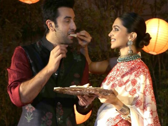 New Delhi: Actors Ranbir Kapoor and Deepika Padukone celebrating Diwali to promote their film `Tamasha`, in New Delhi on Nov 10,2015. (Photo: Amlan Paliwal/IANS)