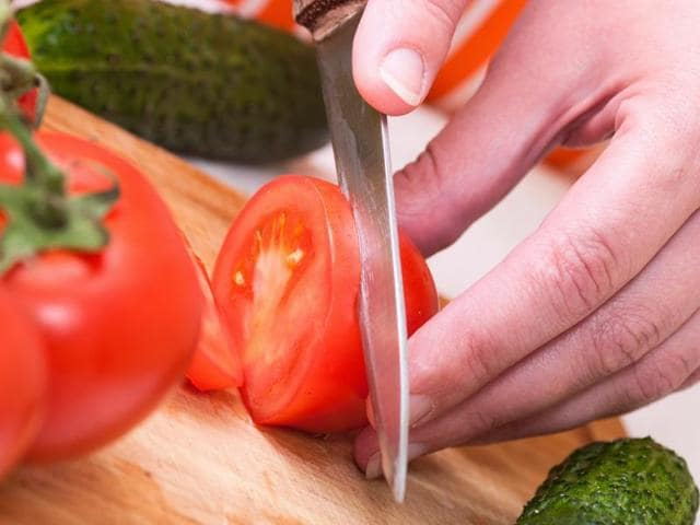 do you cut all your veggies without washing knife in between