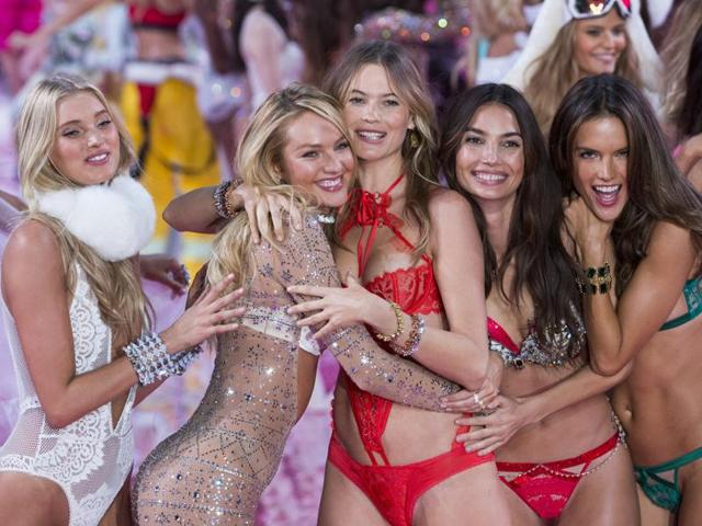 More than 47 models strutted on the runway in 75 looks in Manhattan for the 20th annual Victoria's Secret annual lingerie extravaganza.