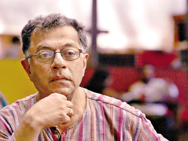 Karnad came under severe attack for his remarks that Bengaluru international airport should have been named after Tipu Sultan rather than the city's founder, Kempe Gowda.