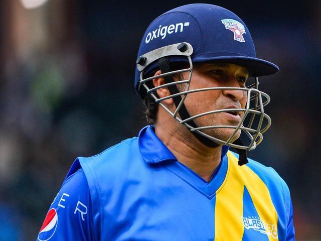 Twitter trolls British Airways,Sachin Tendulkar criticises British Airways on Twitter,Cricket All Stars T20