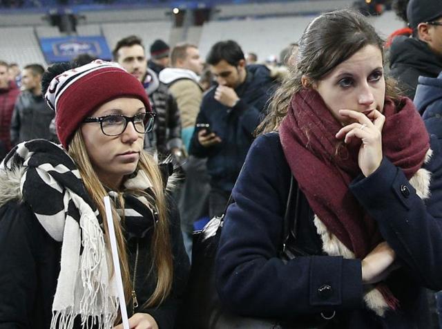 Paris attacks,Francois Hollande,Charlie Hebdo