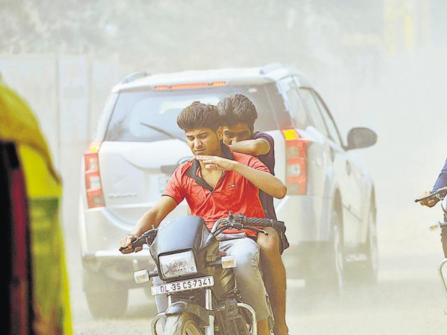 Noida,pollution,Diwali