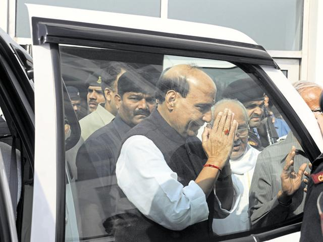 Union home minister Rajnath Singh visited Singhal in the hospital on Sunday, apart from other leaders of the BJP and VHP .