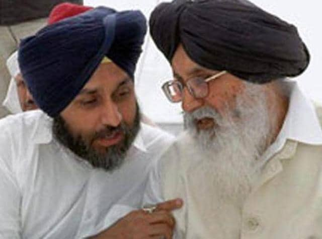 Punjab and Haryana high court,Parkash Singh Badal,Sukhbir Singh Badal
