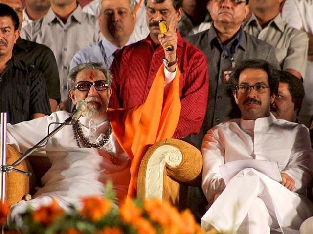 Maharashtra Navnirman Sena chief Raj Thackeray along with Shiv Sena Chief Uddhav Thackeray on Bal Thackeray's 2nd death anniversary at the Bal Thackeray Memorial at Shivaji Park, in Dadar, Mumbai.