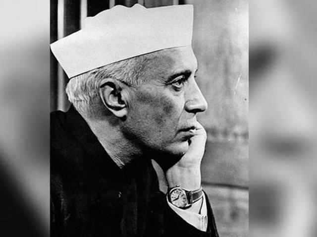 Lord Mountbatten and Pandit Jawaharlal Nehru photographed during the Independence Day Celebrations at India Gate, New Delhi on August 15, 1947.