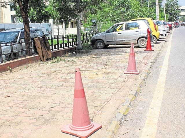In Gurgaon, most of the service lanes are used as parking spots. Residents say this is because of lack of authorised parking space.