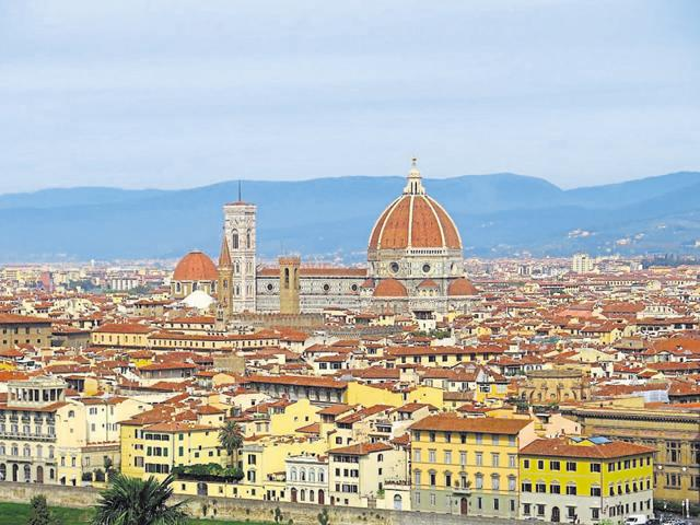 A view of Florence's historic part from Piazzale Michelangelo.