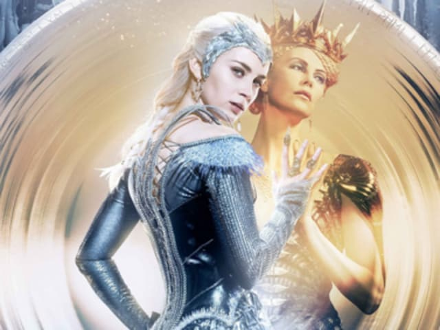 Emily Blunt and Charlize Theron in Huntsman.
