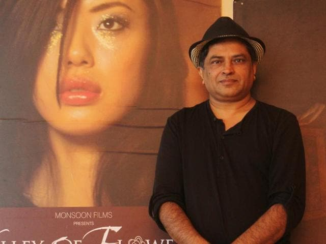 """""""I wanted to make my first two films and miserably fail at them,"""" says Pan Nalin(Hindustan Times)"""