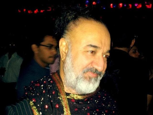Kawaljit Singh, who has designed for Bollywood celebs including Rekha and Amitabh Bachchan, is the latest wild card entry on Bigg Boss 9.