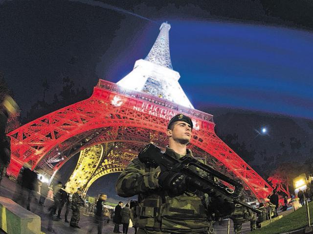 Kolkata,Eiffel Tower,Paris