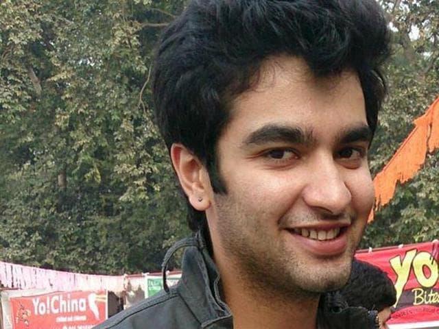 Chetan Kakkar,Education,Job