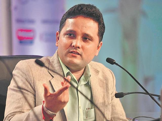 Indian author Amish Tripathi addressing the audience during Hindustan Shikhar Samagam in Lucknow on Saturday.
