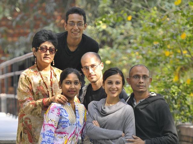 Prasanna Saikia,Viviana Salvo,Mitul Sengupta
