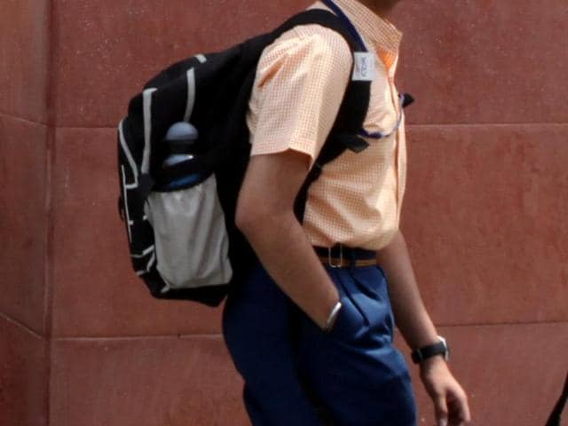 School Bags,Back problems,posture problems
