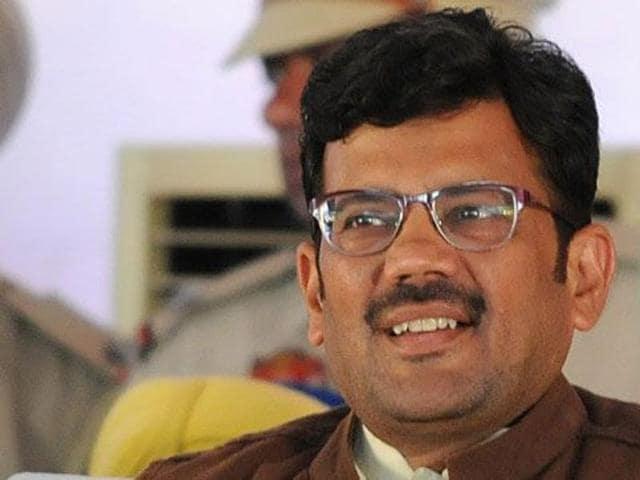 Kamal Sharma .