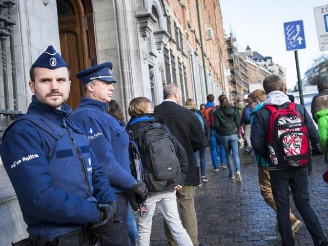 Brussels,Threat alert,Schools
