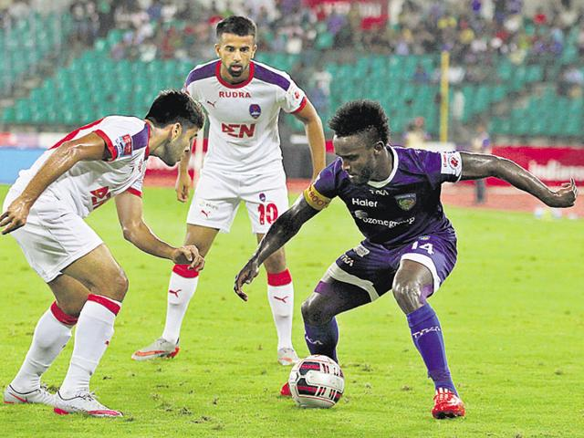 Chennai's Stiven Mendoza took his goal tally to double digits, scoring the opener in a 4-0 win over Delhi on November 24.