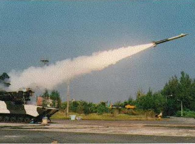 Indiasuccessfully test-fired its indigenously developed nuclear capable Prithvi-II missile, which has a strike range of 350 km.