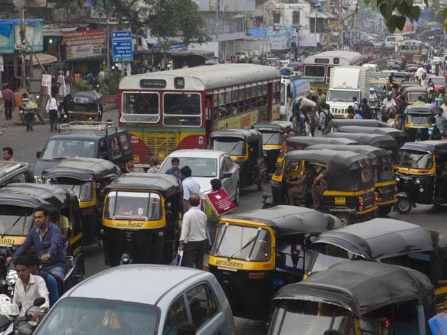 The area outside Andheri station is inundated by unruly autorickshaws that cause major traffic jams.