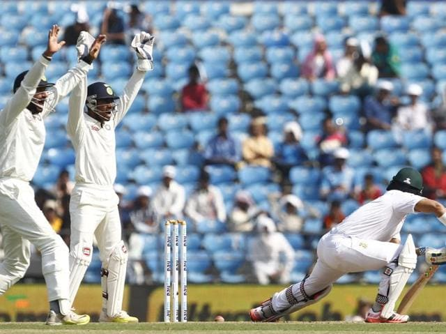 Indian fielders appeal successfuly for an LBW decision against South Africa's JP Duminy.