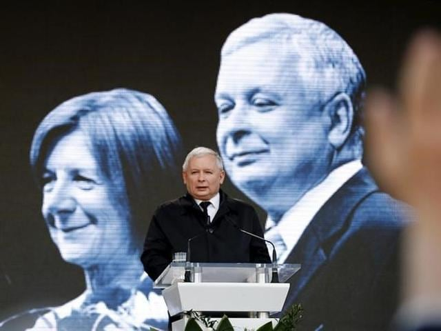 Jaroslaw Kaczynski, the twin brother of the late President Lech Kaczynski, arrives for his speech during a ceremony outside the Presidential Palace in Warsaw.
