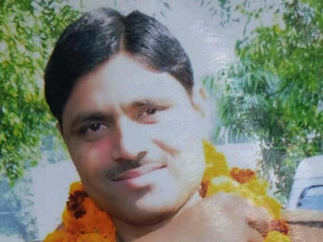 Barely 15 hours after a 28-year-old police constable was shot dead at Ghaziabad, the police department nabbed the killer after an encounter near a brick kiln.