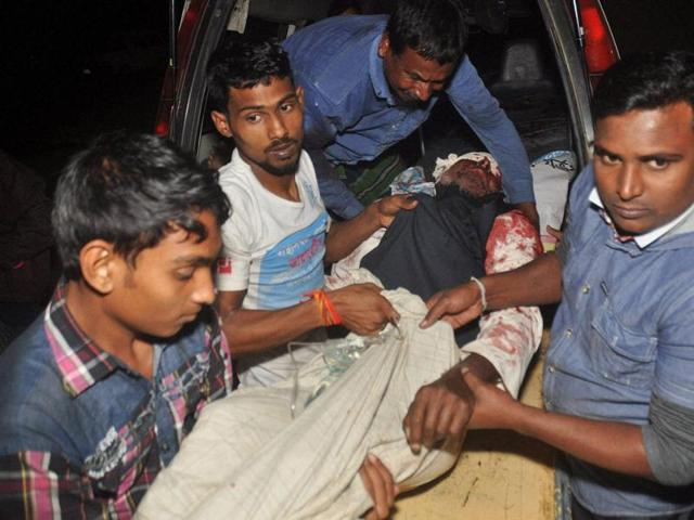 Doubts over Dhaka's denial as IS claims mosque attack