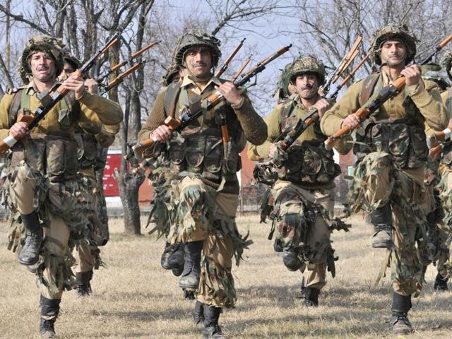 Jammu and Kashmir,Indian Army,Kashmiri youth in Army recruitment drives