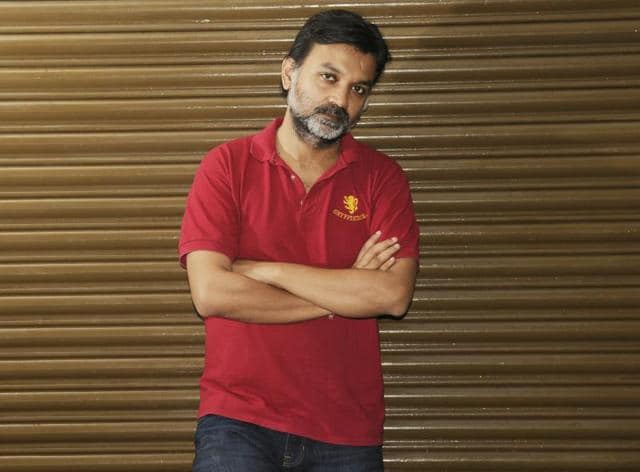 For his upcoming film Zulfikar, Srijit Mukherjee has managed a coup of sorts by roping in some of the biggest Tollywood stars such as Prosenjit Chatterjee and Dev.(Samir Jana / Hindustan Times)