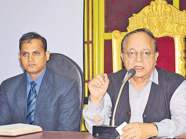 Amritsar mayor Bakshi Ram Arora Mayor (right) and MC joint commissioner Surinder Singh during the MC general house meeting in Amritsar on Tuesday.