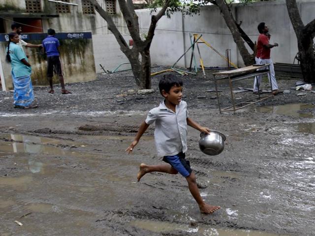Heavy rains,Tamil Nadu,Puducherry