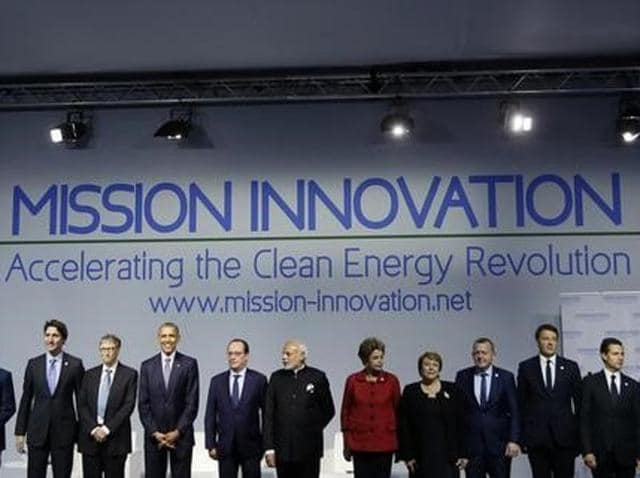 French President Francois Hollande (L) and Prime Minister Narendra Modi attend the launching of the International Solar Alliance on the opening day of the World Climate Change Conference 2015 (COP21) at Le Bourget, near Paris, France.