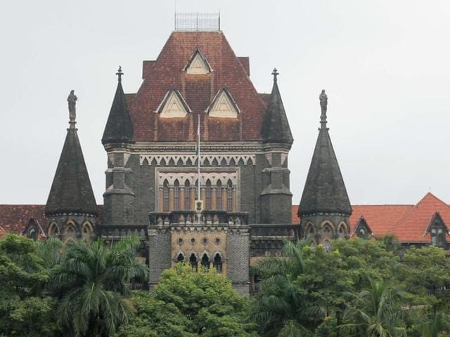 Bombay high court,Mumbai,Local trains