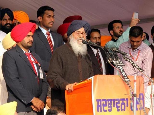 Punjab deputy chief minister Sukhbir Badal, chief minister Parkash Singh Badal, state BJP chief Kamal Sharma, MLA Manoranjan Kalia and Bholath MLA Bibi Jagir Kaur during Sadbhavna Rally in Nakodar on Friday.