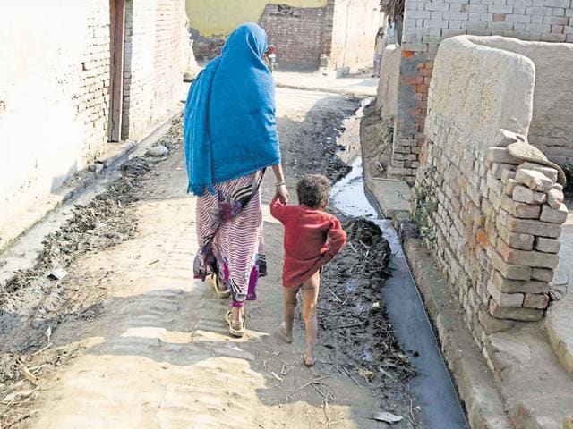 Many villages of the gram panchayats that received the award allegedly practised open defecation.