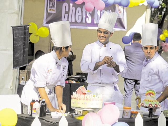 Chefs at the Hindustan Times The Gourmet High Street festival at the Leisure Valley Park in Sector 29 on Friday.